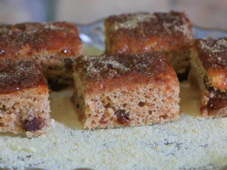 Вкусен колач со пекмез – Се топи во уста