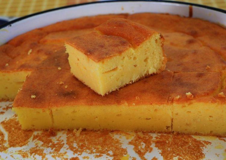 Едноставен рецепт за јадење кое сите го сакаат: Проја од просеано брашно и кефир со сирење