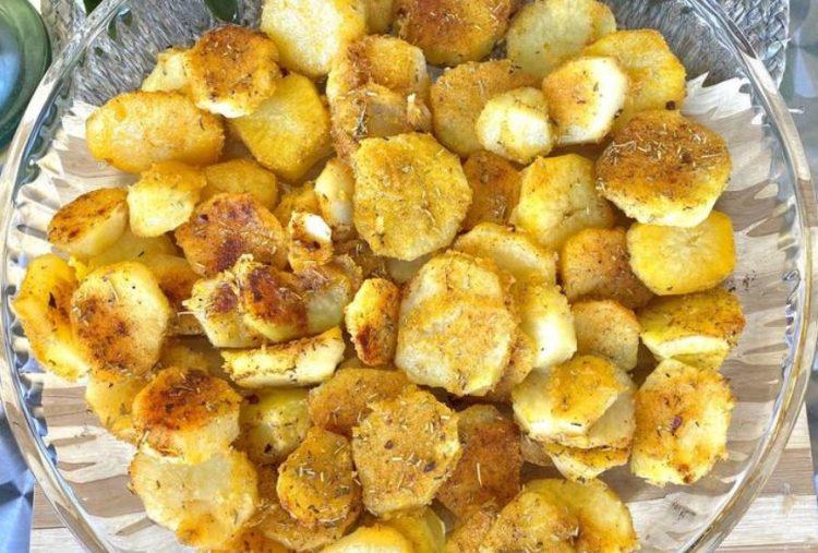 Секогаш печете вака млади компири – Нема да изгубат витамини и минерали