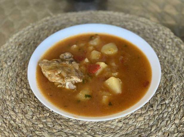 Пилешки компир паприкаш