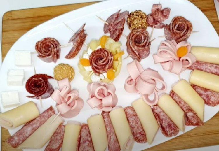 Сервирање предјадења: Декорација која ќе ја разубави вашата славска трпеза