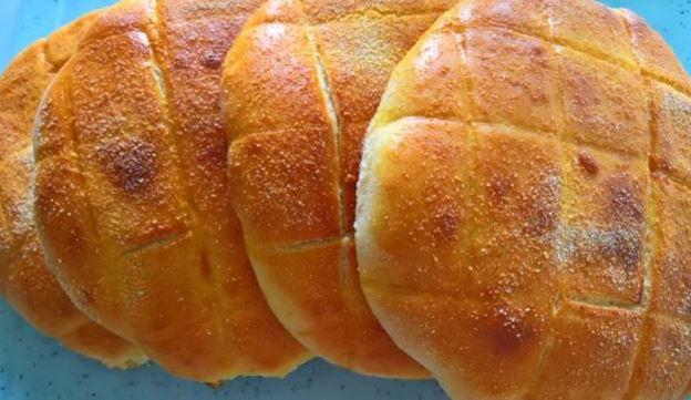Топло печиво: Брзи лепињи со пченкарно брашно готови за 20 минути