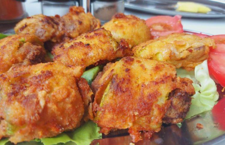 Ручек со тиквици: Поховани полнети ролни со пилешки џигер