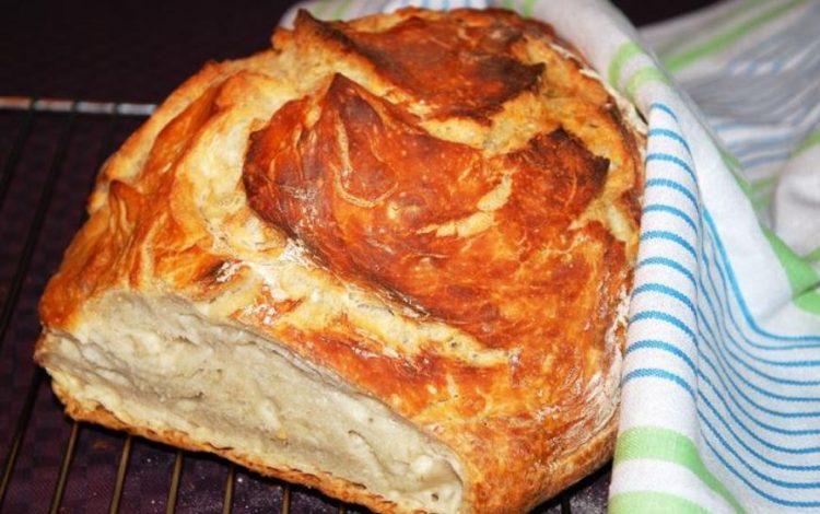 Ставете тесто во кеса и испечете вкусен леб: Ова морате да го пробате