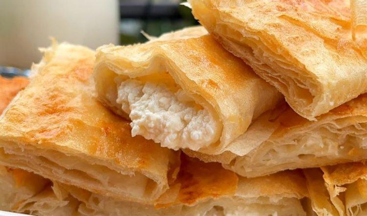 Крцкава пита со сирење од 5 состојки – готова за 30 минути